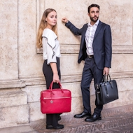 Italian leather briefcases and messenger bags - Online Shop