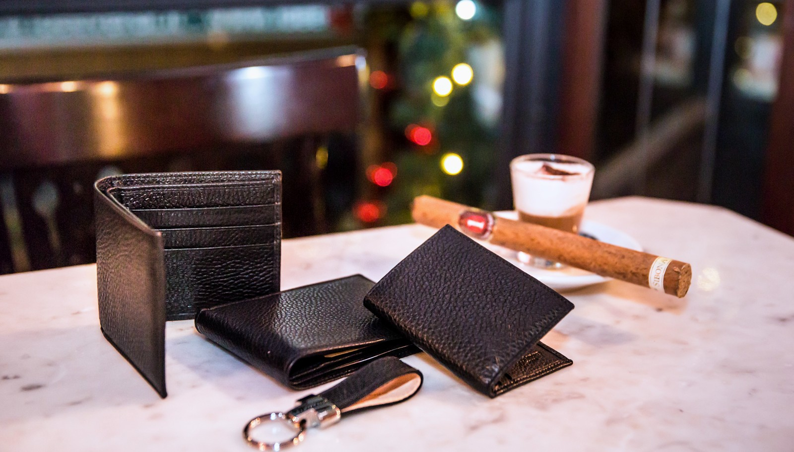 Handmade leather wallets and leather accessories