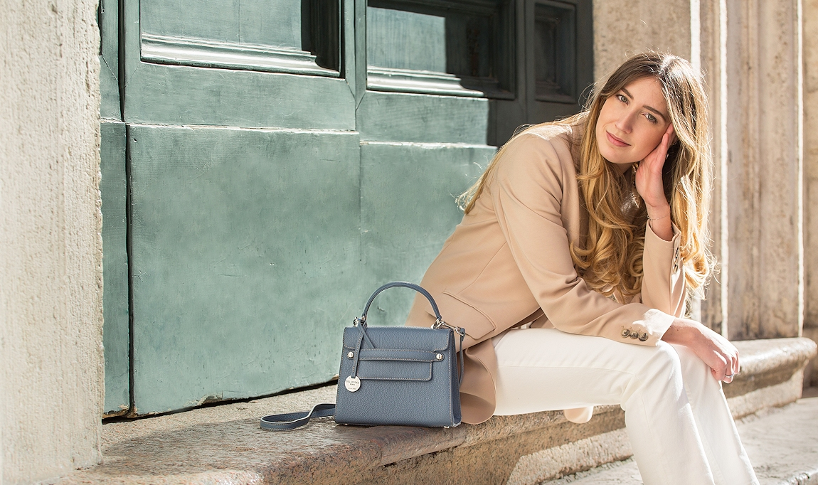 Handmade leather bags for women